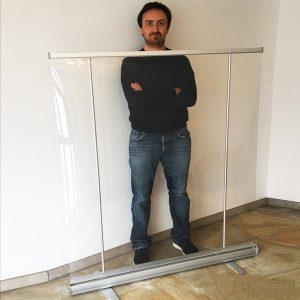 preventiescherm - transparante scheidingswand banner ViewRoll gemonteerd op ongeveer 140 cm hoogte - coronascherm
