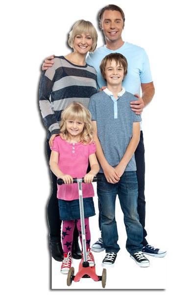 levensgrote pop of lifesizer van een gezin