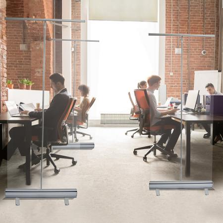 ViewRoll preventie schermen als afscheidingswanden tussen bureau op kantoor coronascherm
