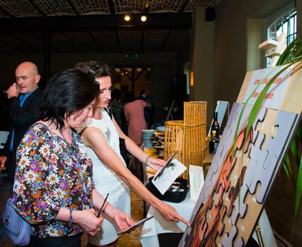 lifesizer standee toepassing - product - foto puzzel op evenement